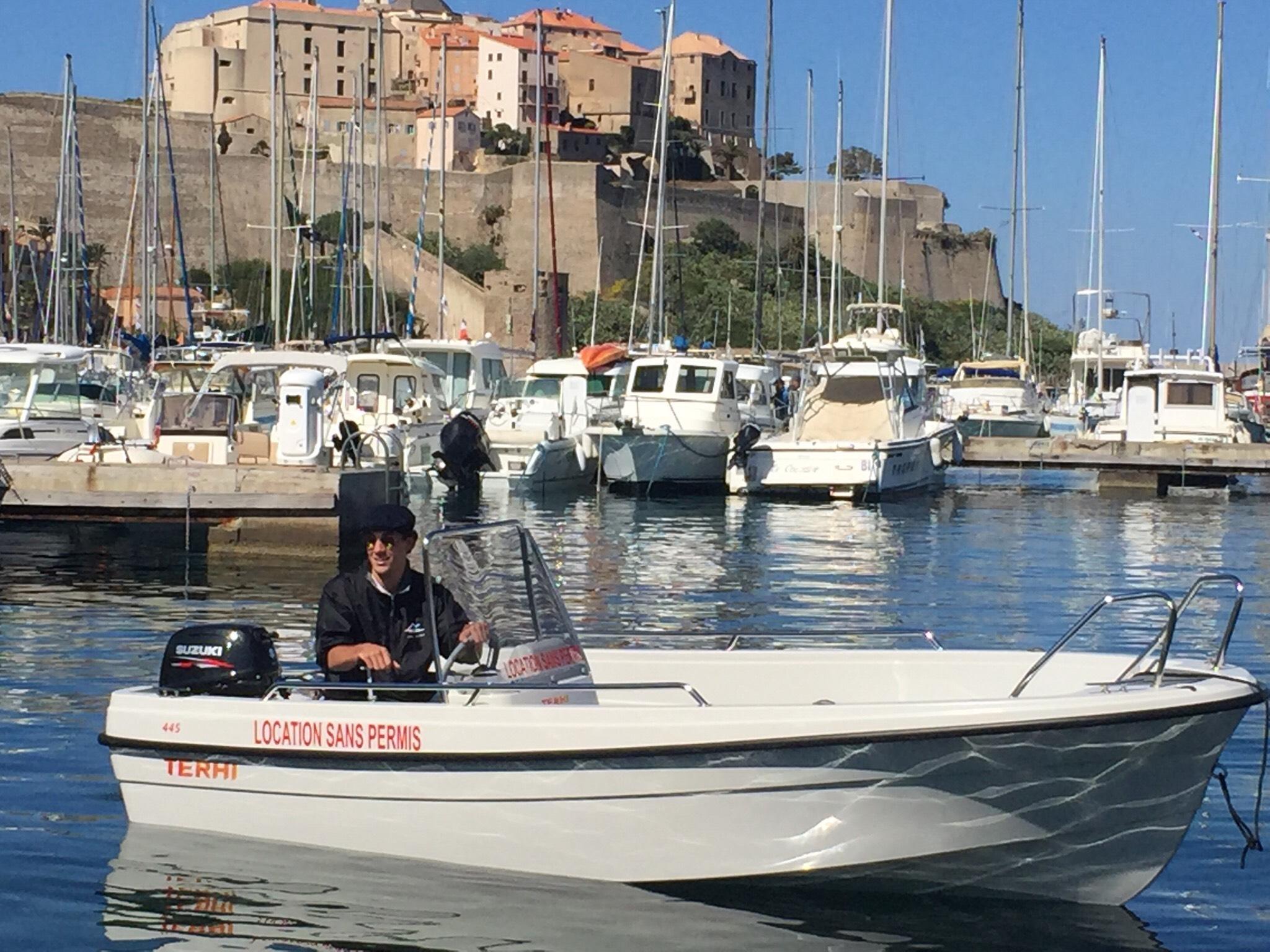 D part de calvi theri 445 6cv tra mare e monti - Location bateau sans permis port leucate ...